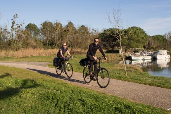 vélo couple canal des 2 mers